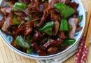家常肥肠怎么做好吃 洋葱溜肥肠的做法大全