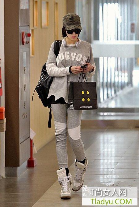 国际名模PK时尚装扮 高街流行