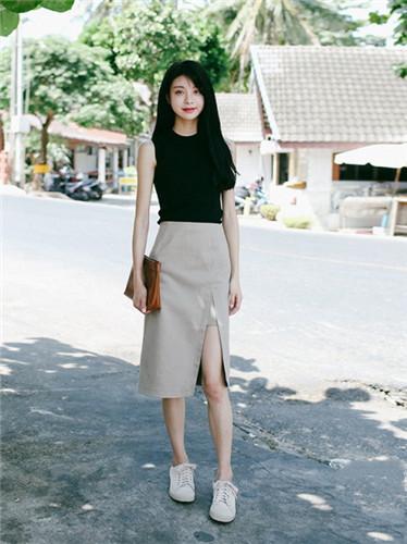 穿上开叉裙的你有两米长腿:离超模只差这条裙子!