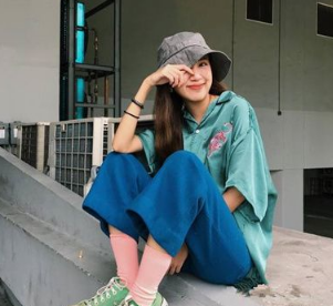 夏季怎么穿更潮流?色彩穿搭满足你少女心