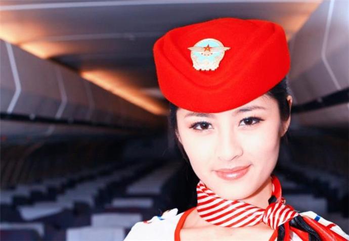 空姐刘嘉倪个人资料